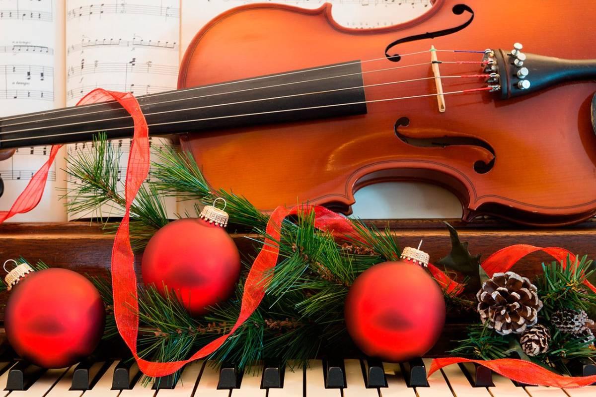 Holiday symphony music