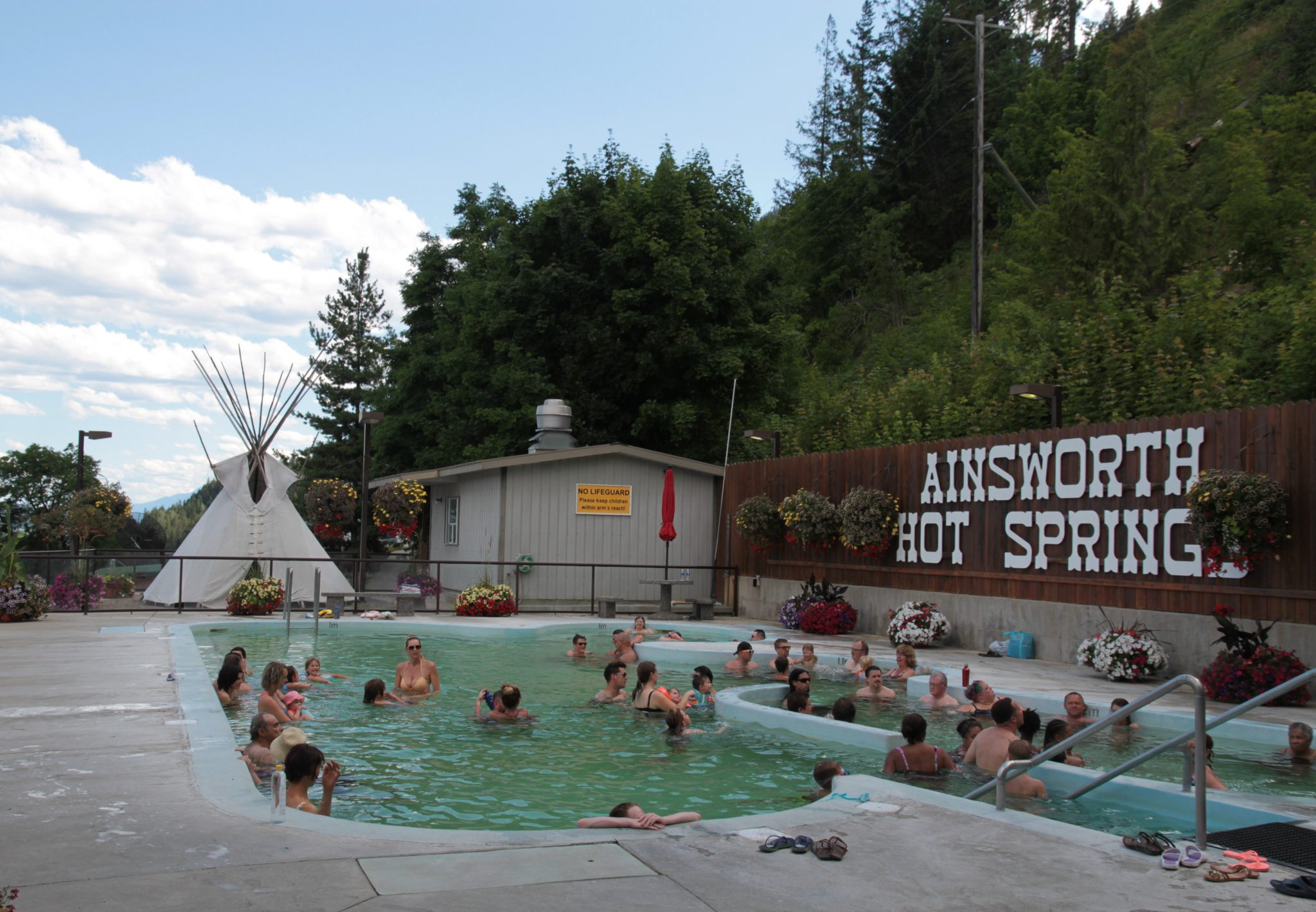 idaho springs senior singles Riverside hot springs inn & spa is an adult-only hotel in the heart of lava hot springs, a charming little idaho retreat that's perfect for your romantic getaway.