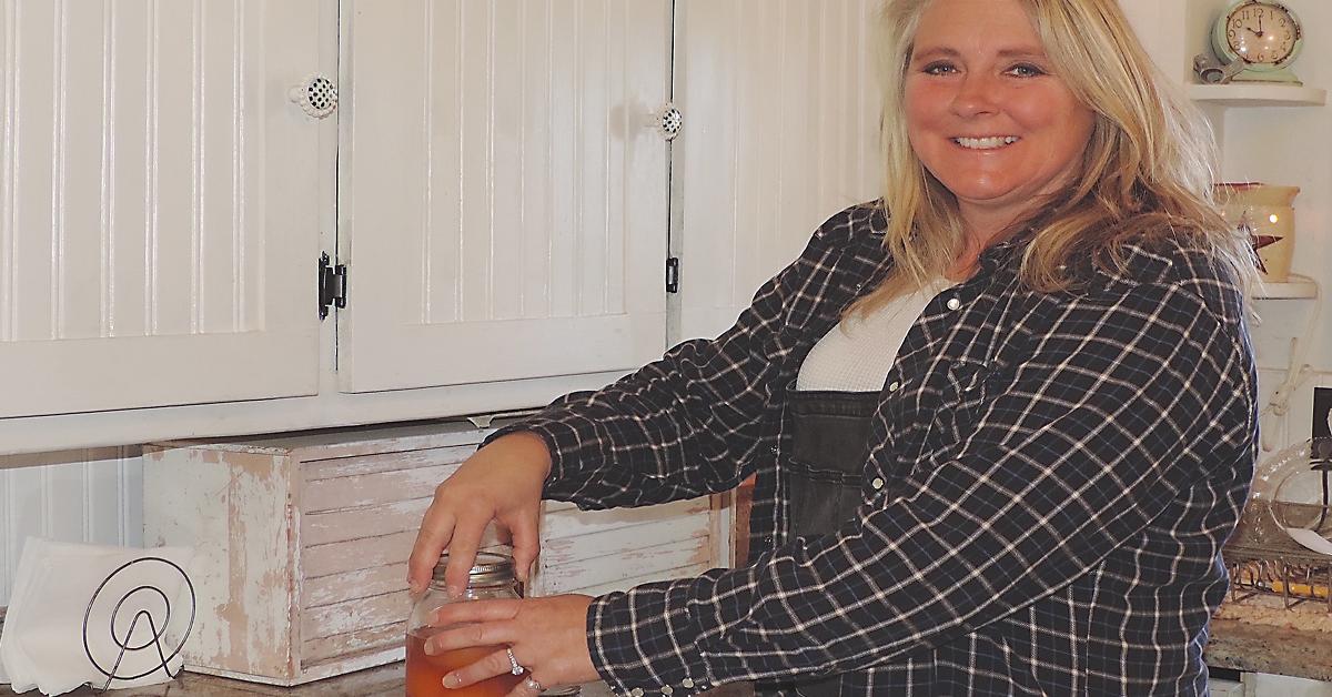 Turning Garage Sale Castoffs into DIY Home Decor