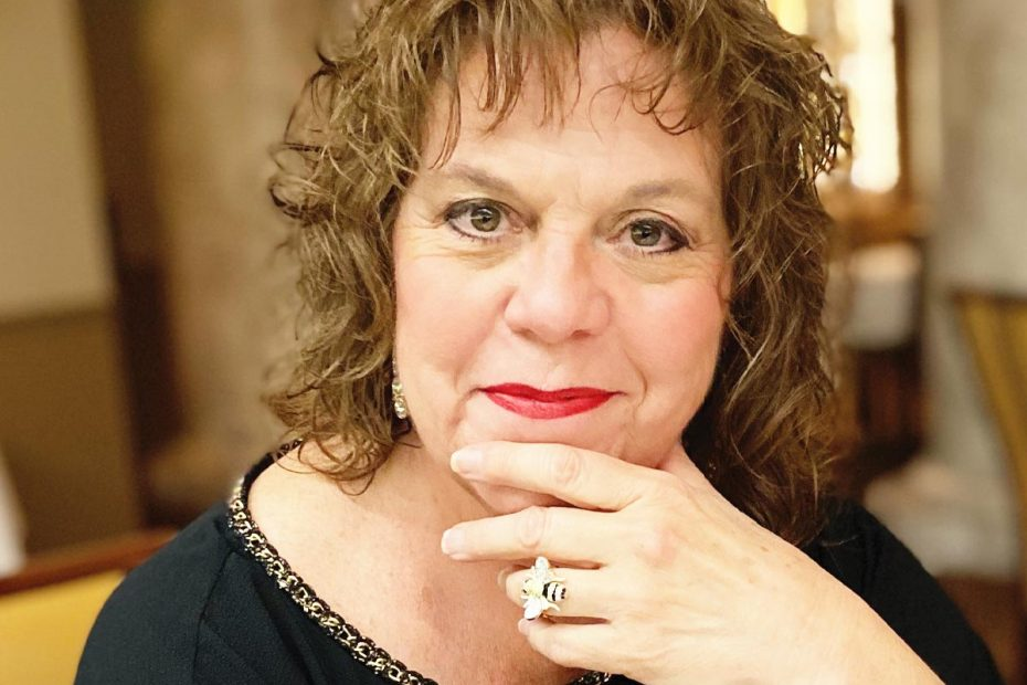 Photo of Sandra Marlowe, jazz musician