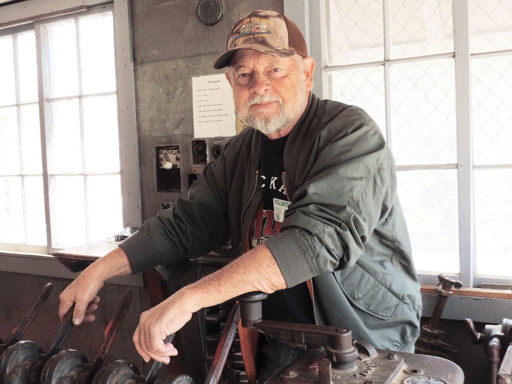 Photo of Bill Lindburg, volunteer for the Yankee Fork Gold Dredge
